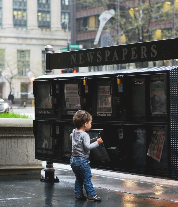 Toddler newspaper boy - Chicago newsstand
