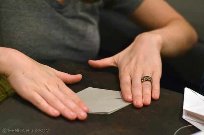 hands-origami